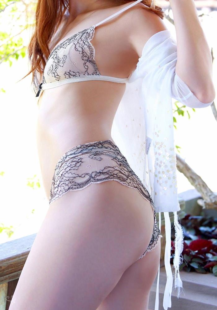 【セクシーランジェリーエロ画像】セクシーさに重点を置いた女性下着、さすがだなw 21
