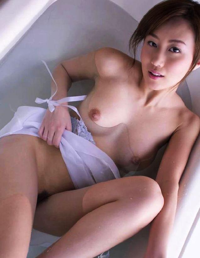 【入浴エロ画像】男子が立ち入ることを許されない女風呂!一度は覗いてみたいw 25
