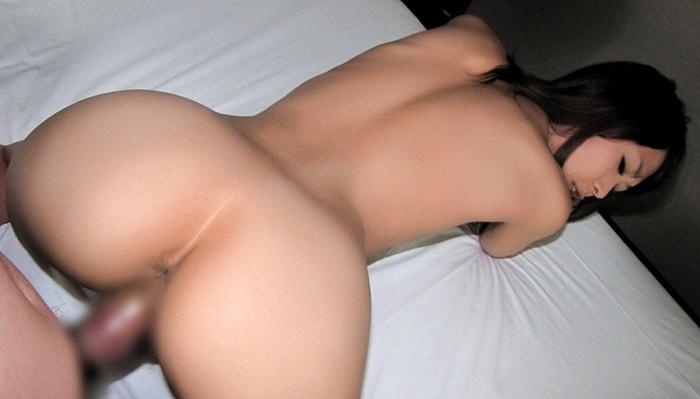 【後背位エロ画像】女の子を四つん這いにさせて後ろからチンポを挿入! 23