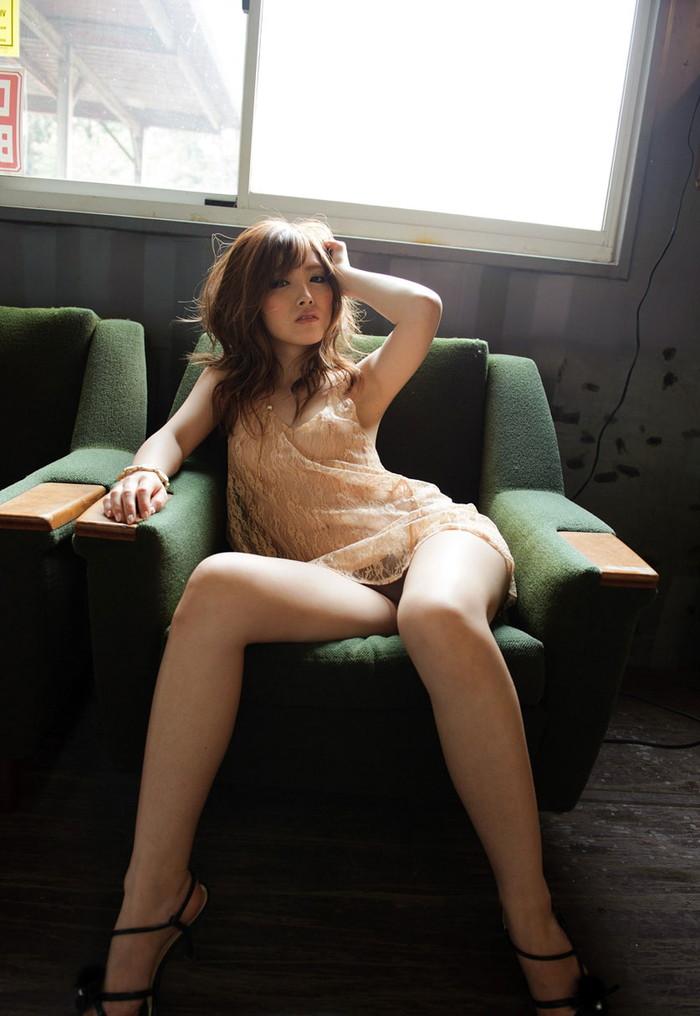 【シースルーエロ画像】スッケスケのシースルーの着衣!これって全裸と大差ないんじゃ?w 20