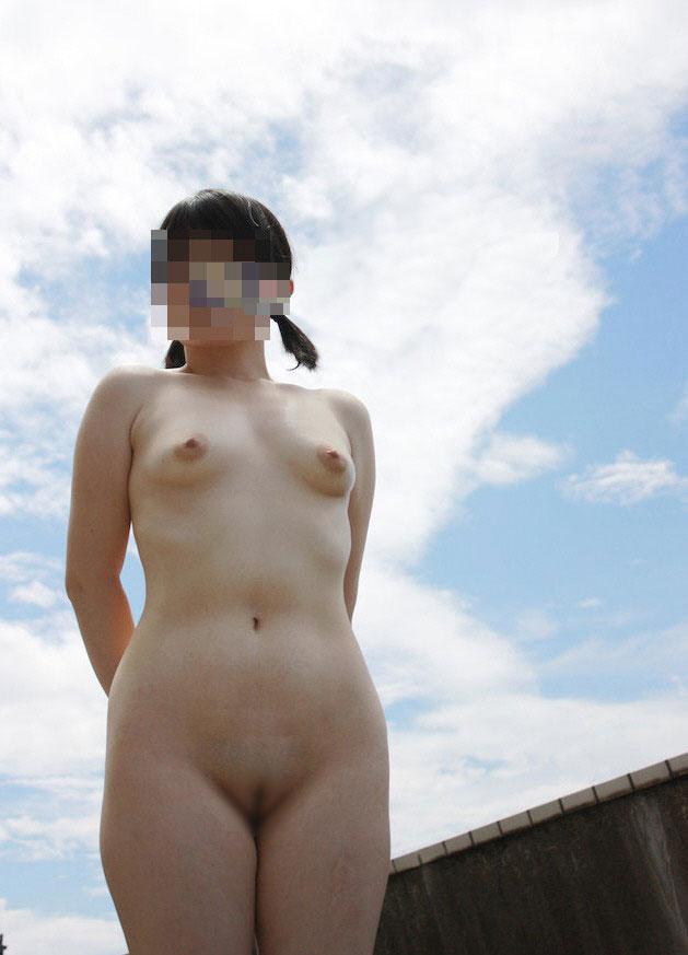 【パイパンエロ画像】無毛こそ正義!背徳感を覚えるほどの少女のようなオマンコ!※合法です 25