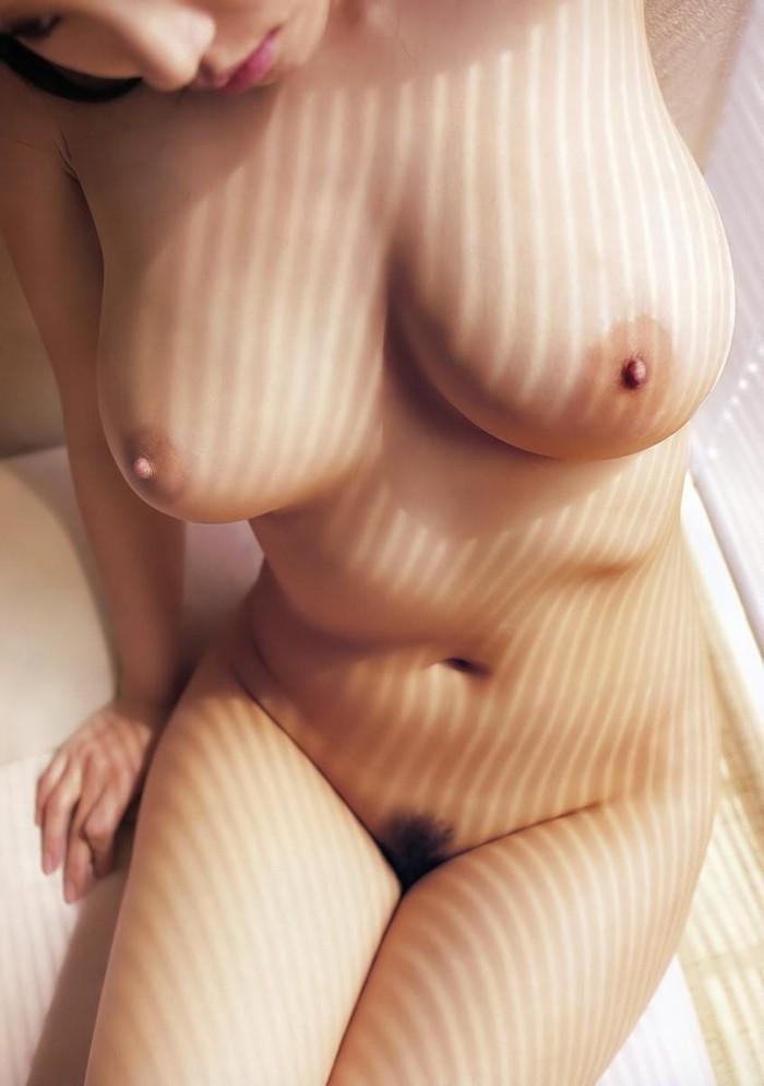 【巨乳エロ画像】おっぱいと言えば巨乳だろ!?巨乳ファン必見!寄って来い! 08