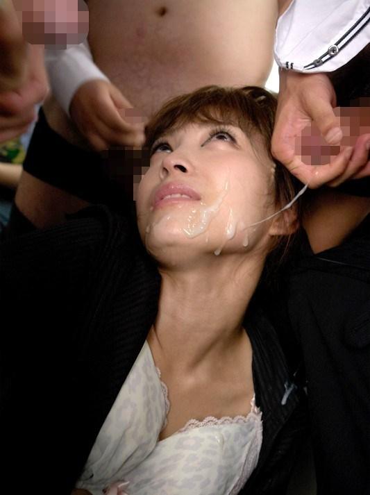 【顔射エロ画像】顔中ザーメンまみれの顔射された女の子たちのエロ画像 01