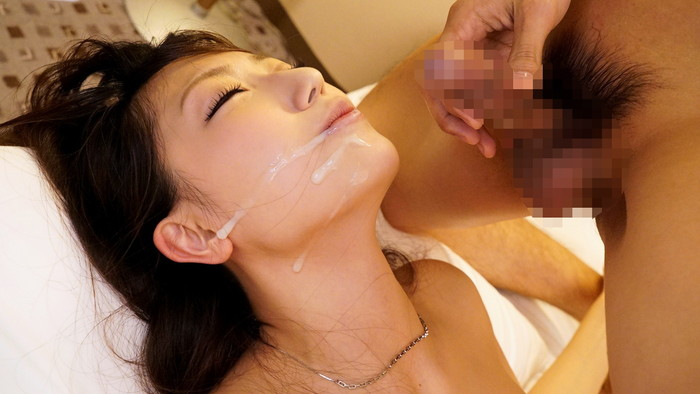 【顔射エロ画像】顔中ザーメンまみれの顔射された女の子たちのエロ画像 02