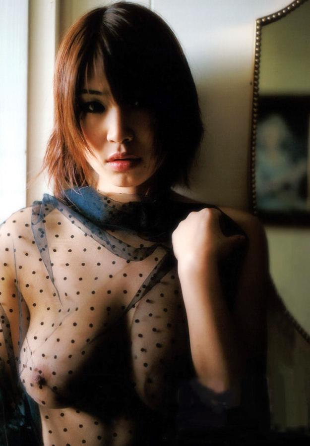 【シースルーエロ画像】シースルの着衣!これじゃ全裸でも変わらんと思うんだがw 09