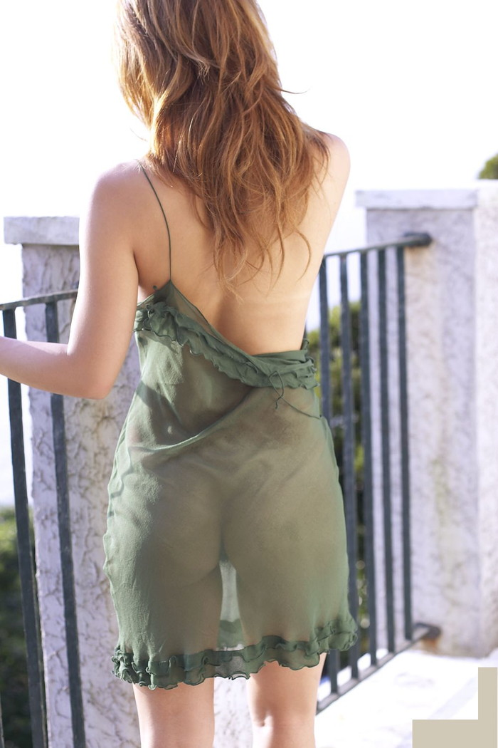 【シースルーエロ画像】シースルの着衣!これじゃ全裸でも変わらんと思うんだがw 17