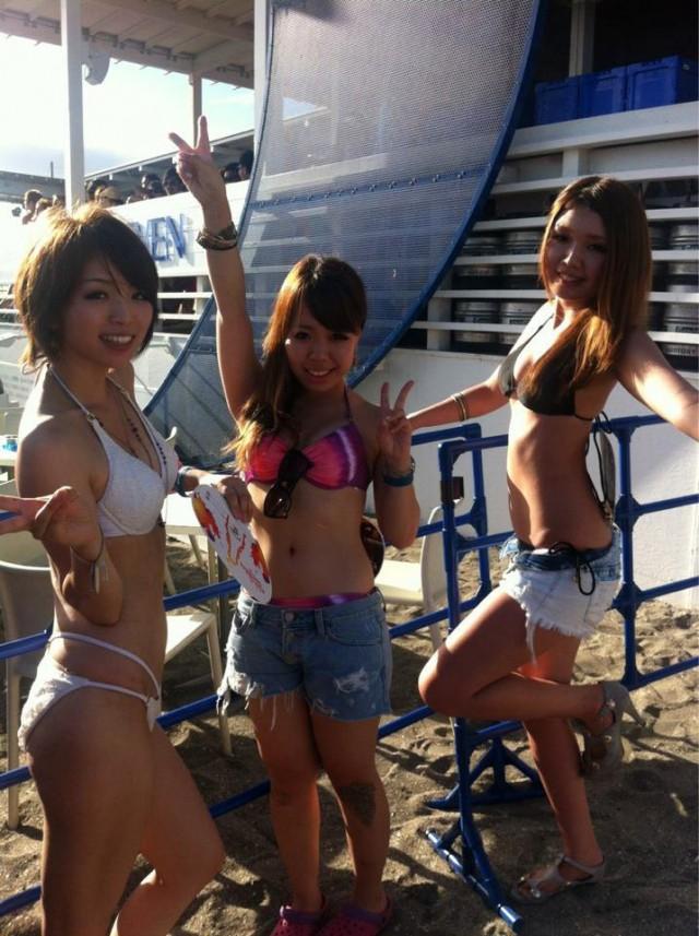 【素人水着エロ画像】まもなく夏本番!?待ち遠しすぎる素人娘たちの水着姿! 27