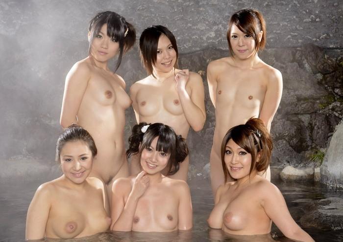 【複数人ヌードエロ画像】複数人の女の子たちがヌードな画像集めたったwwww 12