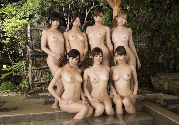 【複数人ヌードエロ画像】複数人の女の子たちがヌードな画像集めたったwwww 15
