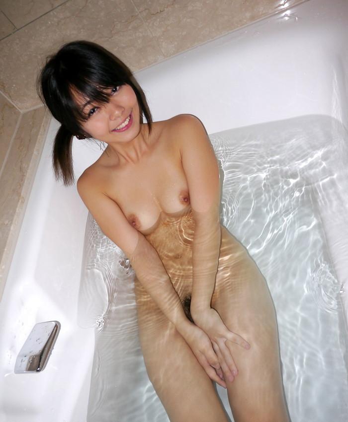 【入浴エロ画像】これが見たかった!?女の子たちの一糸まとわぬ入浴シーン! 01