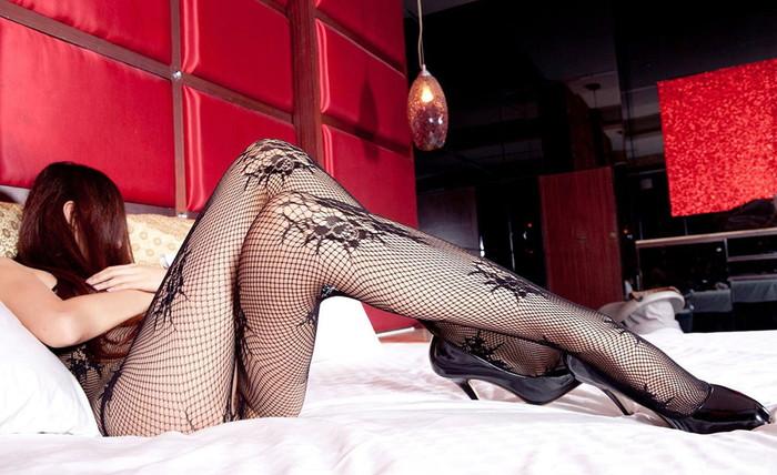 【美脚エロ画像】女の子のパーツは数あれどこんな美脚もたまらないだろ!?