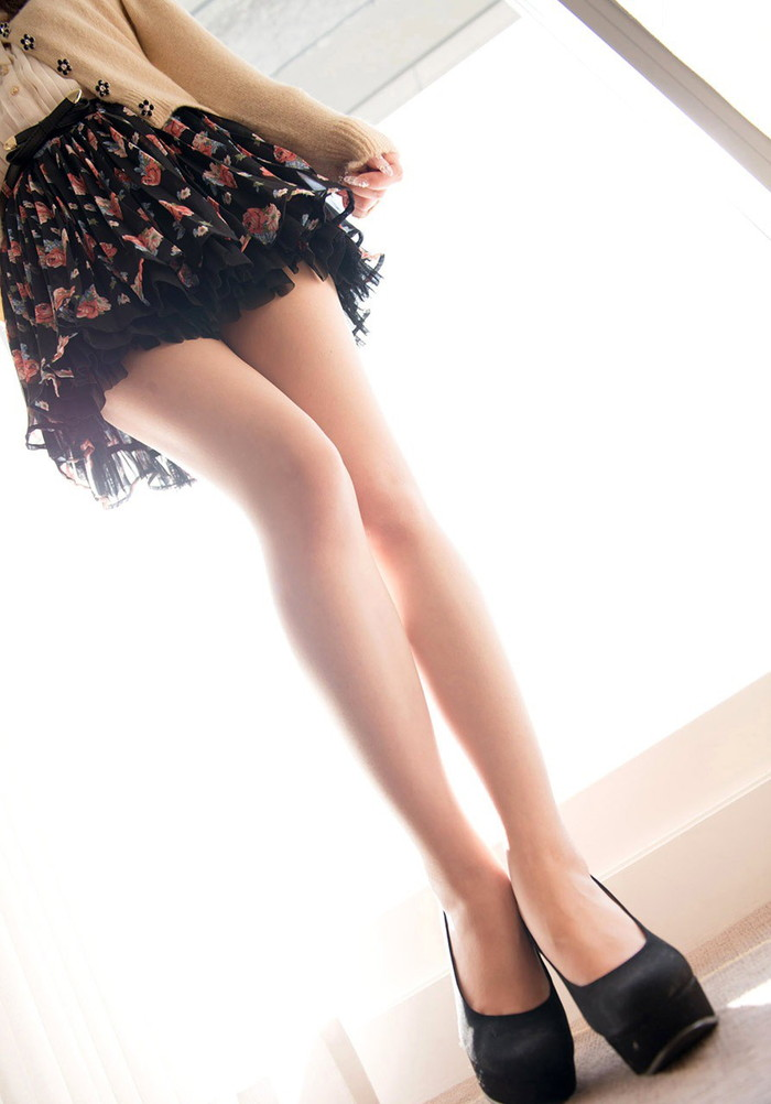 【美脚エロ画像】女の子のパーツは数あれどこんな美脚もたまらないだろ!? 18