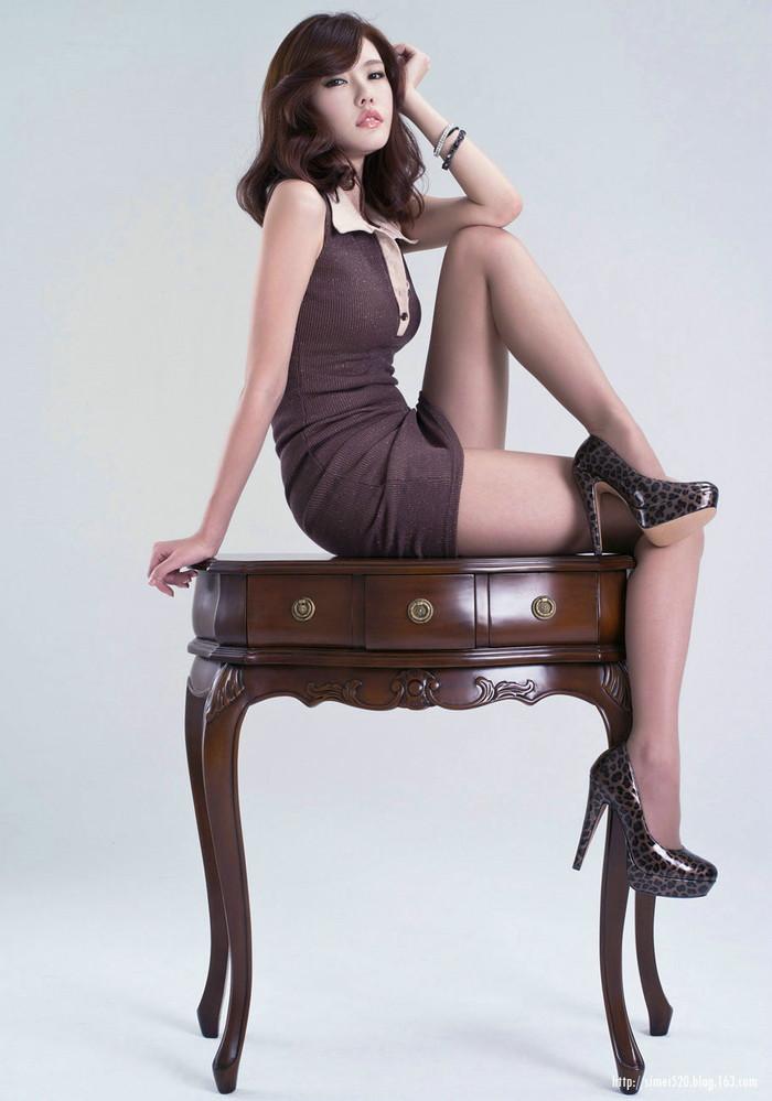 【美脚エロ画像】女の子のパーツは数あれどこんな美脚もたまらないだろ!? 21