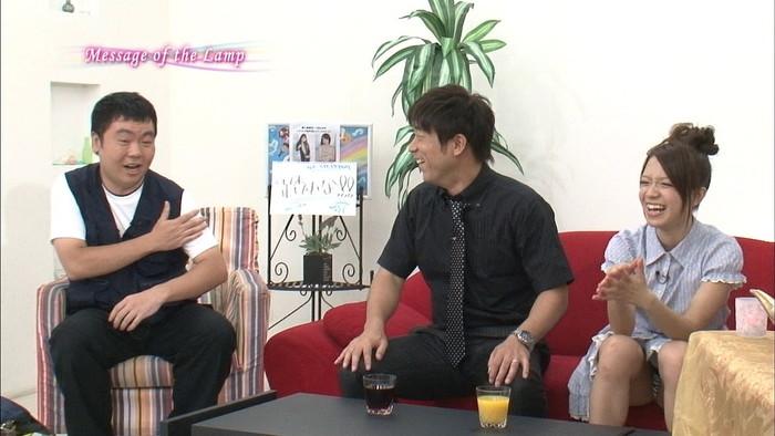 【放送事故エロ画像】テレビに映ったエロハプニング!これはラッキー!www 23