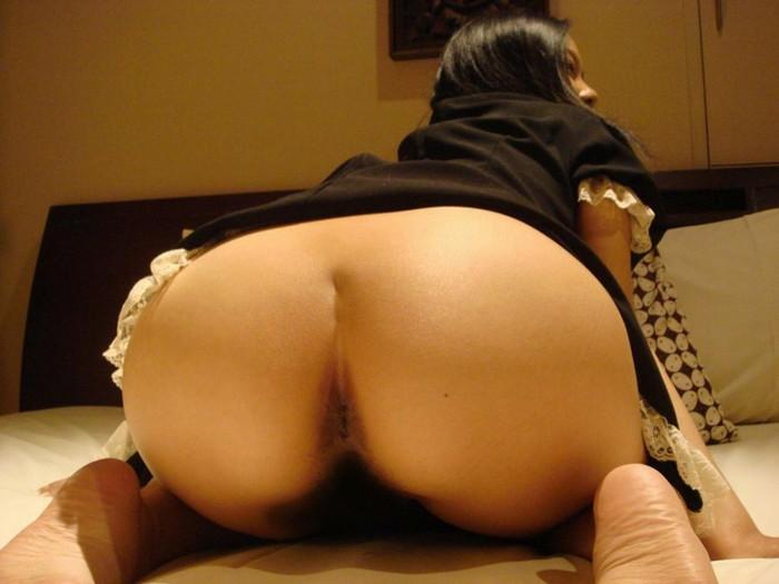 【アナル見せつけエロ画像】不浄の穴を見られることの興奮!アナルを見せ付ける女子! 09