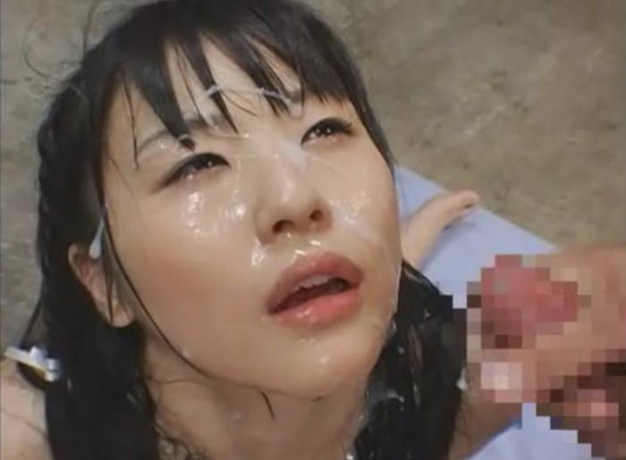 【顔射エロ画像】女の子の可愛い顔をザーメンで汚したい願望あるやつ!ちょっと来い! 26