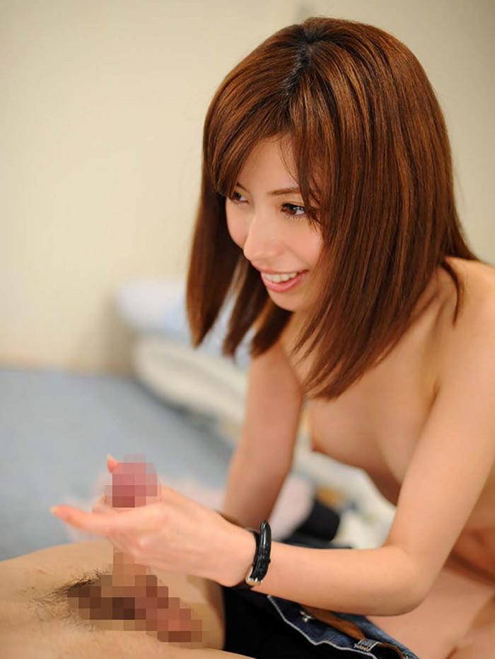 【手コキエロ画像】女の子の手で快楽へと導いてもらう手コキ画像がシコッ! 17