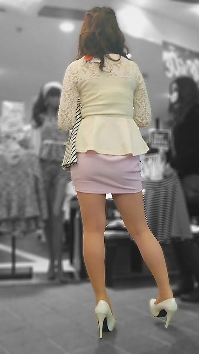 【美脚エロ画像】街中で見かけた美脚の女の子をフォーカスしてみた結果w 06