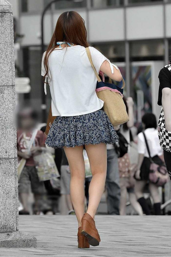 【美脚エロ画像】街中で見かけた美脚の女の子をフォーカスしてみた結果w 12