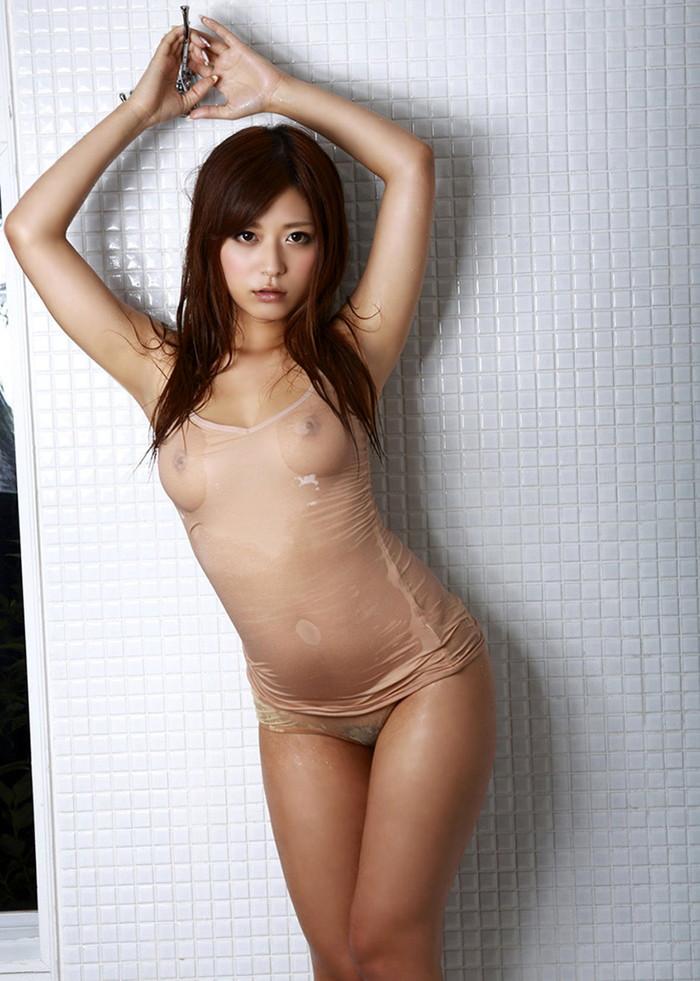【濡れ透けエロ画像】濡れた着衣はこんなにもスッケスケ!濡れて透けた着衣! 01