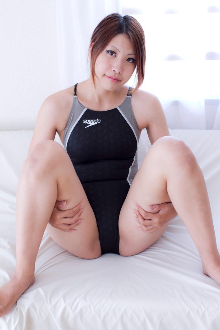 【競泳水着エロ画像】競泳水着をきた女の子の姿が想像以上にエロすぎる! 22