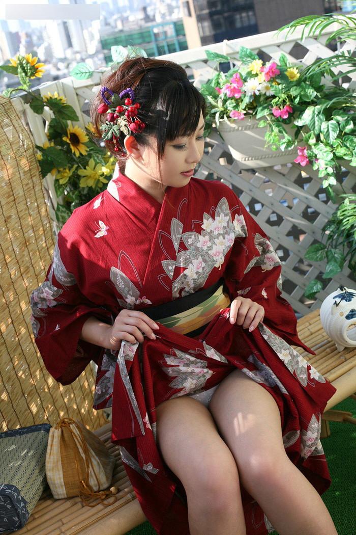 【和服エロ画像】日本人の心!和服姿のエロス満載のエロ画像集めたったwww 24