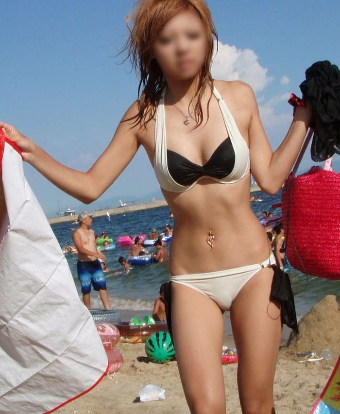 【素人水着エロ画像】素人娘たちの生々しい水着姿にフル勃起確定のエロ画像! 15