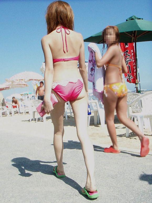 【素人水着エロ画像】素人娘たちの生々しい水着姿にフル勃起確定のエロ画像! 25