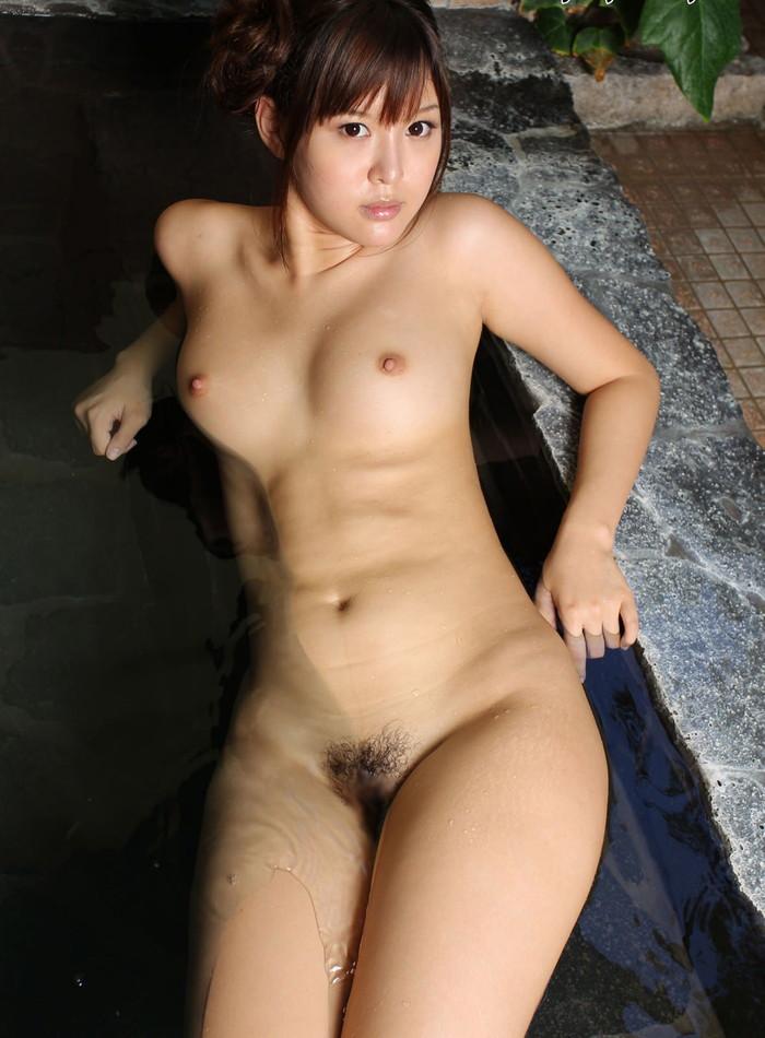 【入浴エロ画像】女の子が一糸まとわぬ姿で入浴!当然なんだが抜けるだろwww 09