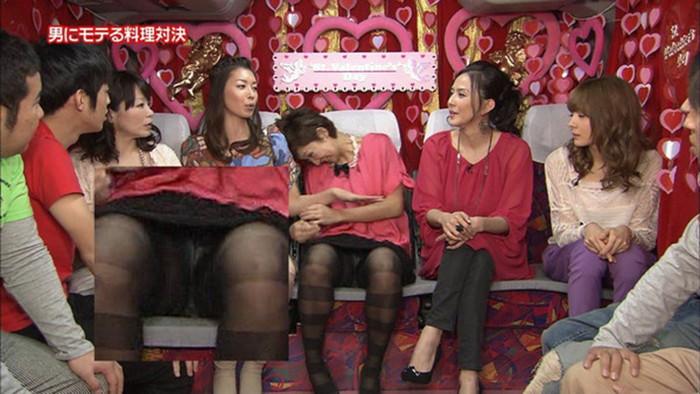 【放送事故エロ画像】偶然か必然か!?テレビでおこったエロハプニング! 14