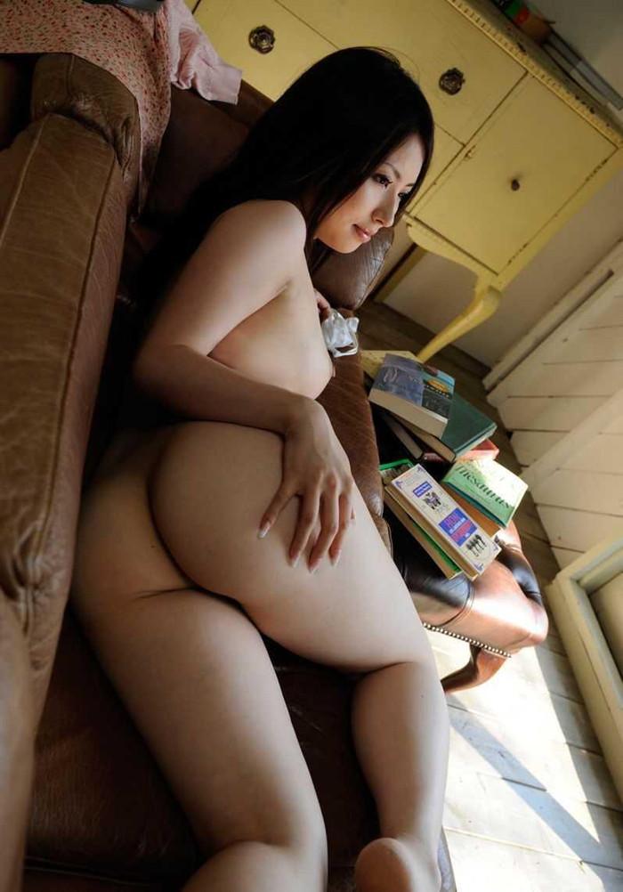 【美尻エロ画像】おっぱいだけが女らしさじゃない!ぷりぷりのお尻も捨てがたいぜww 21