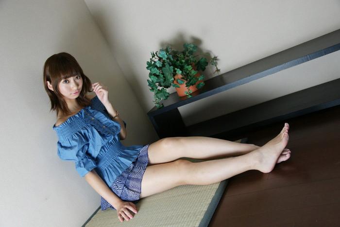 【美脚エロ画像】スラリと伸びた脚線美!美脚の女の子たちの画像集めたったw 07
