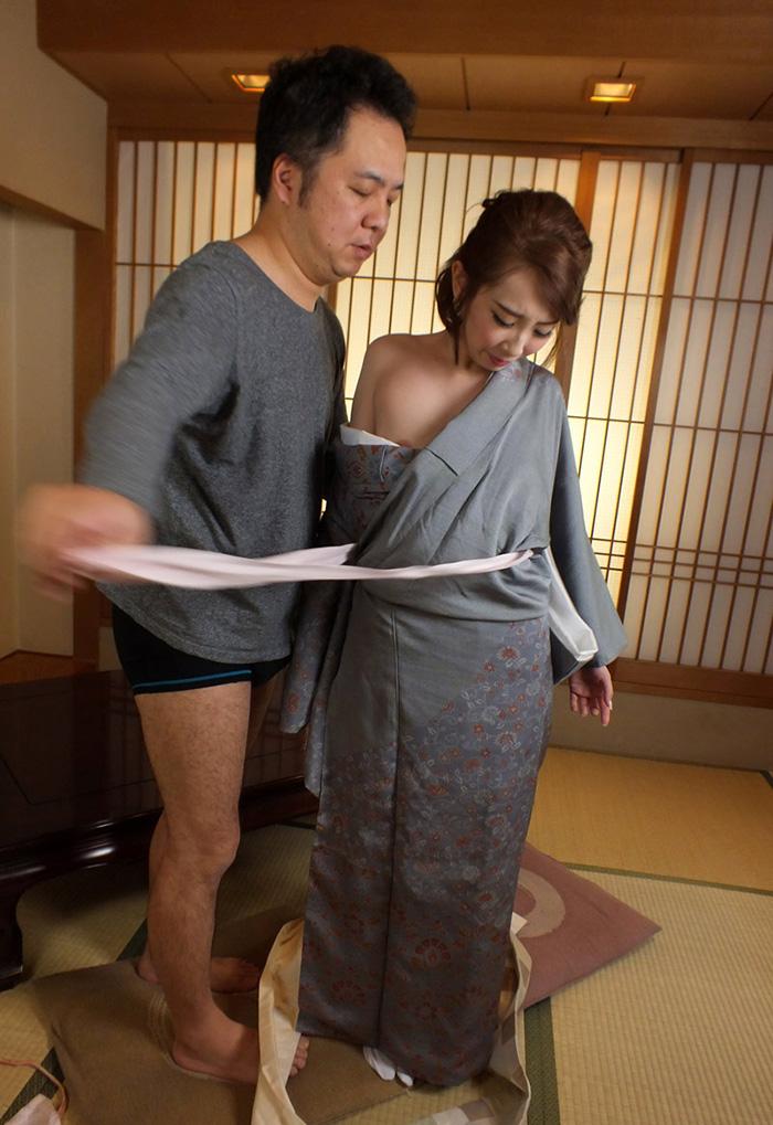 【和服エロ画像】日本の心!和の心を大切にした和服姿のエロ画像がめっちゃシコw 05