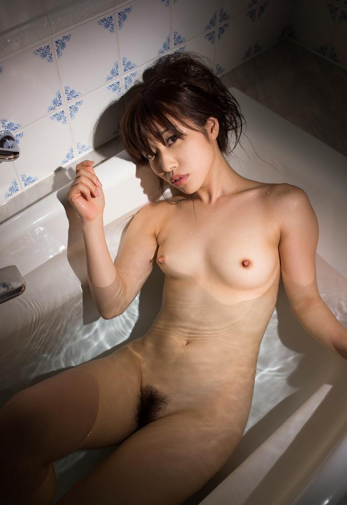 【入浴エロ画像】お風呂といえば、どんなに可愛い子でも全裸が基本だろ!? 11