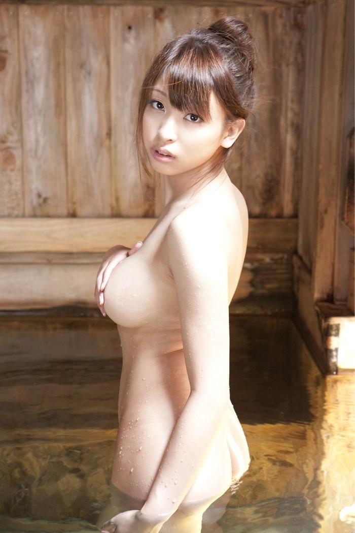 【入浴エロ画像】お風呂といえば、どんなに可愛い子でも全裸が基本だろ!? 20