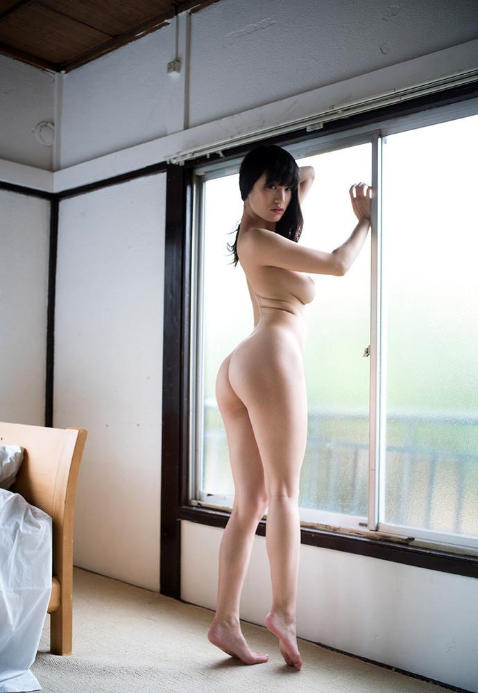 【フルヌードエロ画像】全裸!文字通り、女の子の一糸まとわす生まれたままの姿! 25