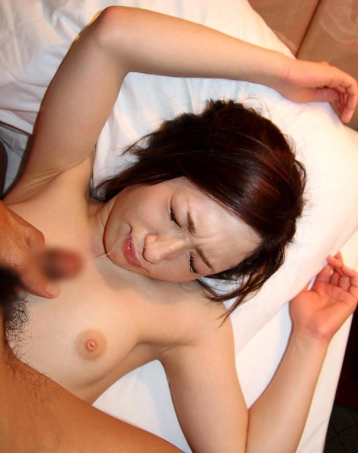 【顔射エロ画像】顔射の餌食になった女の子たちのザーメンまみれの顔が草ww 17