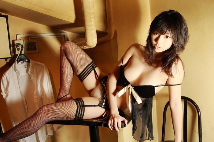 【ガーターベルトエロ画像】セクシーな太ももに思わずナマツバのガーターベルト特集!