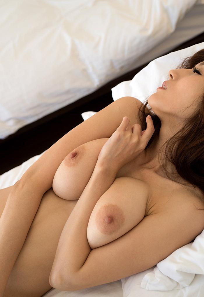 【美乳エロ画像】おっぱいが綺麗にこしたことはない!おっぱい好き必見!! 24