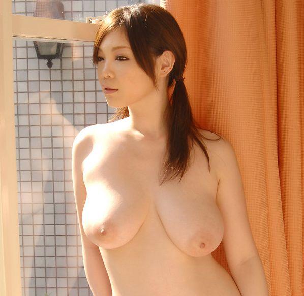 【巨乳エロ画像】こんな大きなおっぱいの彼女がいたら最高だよな!?www 11