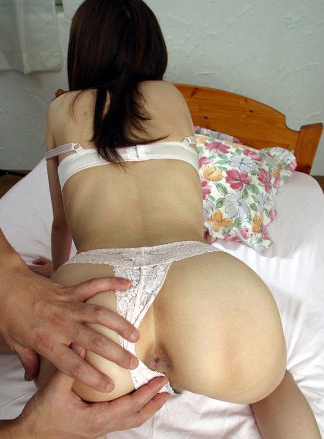 【アナルエロ画像】アナルが丸見え!オマンコ見られるよりも恥ずかしい!ってやつw 29