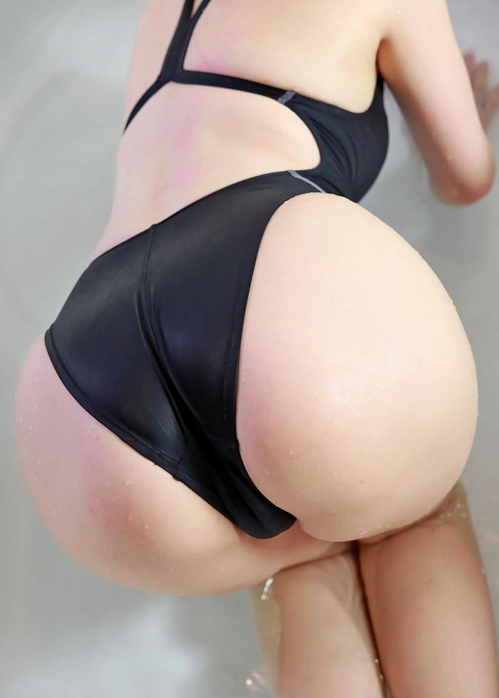 【競泳水着エロ画像】こんな競泳用の水着!ヘタなビキニよりもエロいと思うんだが!? 11