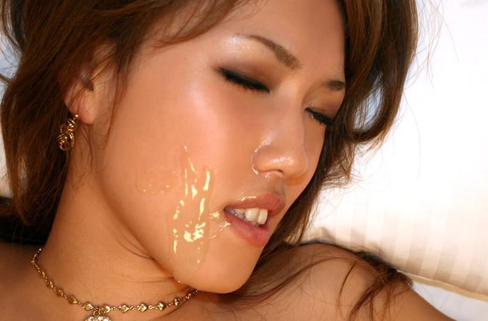 【顔射エロ画像】顔面ザーメンまみれ!顔射好きの男とセックスした女の末路ww 10