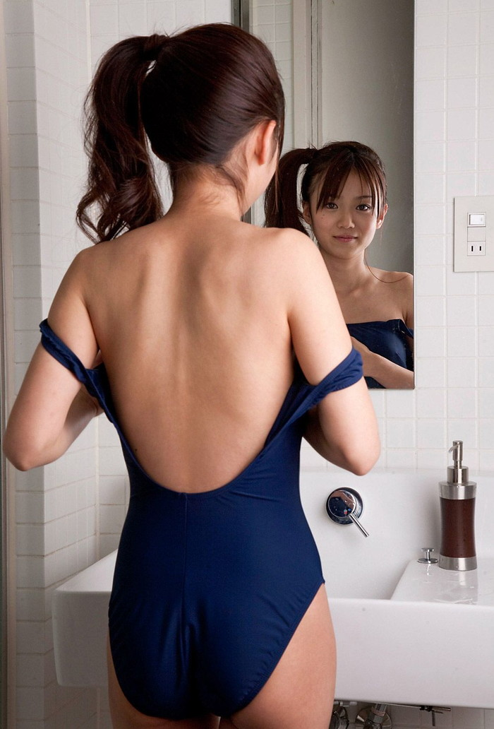 【スクール水着エロ画像】マニアが見たがるスクール水着の女の子の画像集めたった! 12