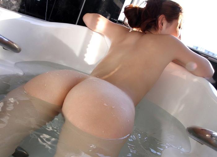 【入浴エロ画像】女の子が全裸でお風呂に入っている画像集めたった!www 04