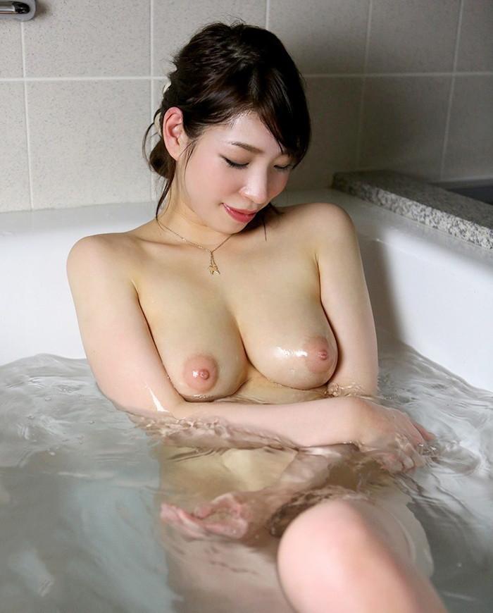 【入浴エロ画像】女の子が全裸でお風呂に入っている画像集めたった!www 05