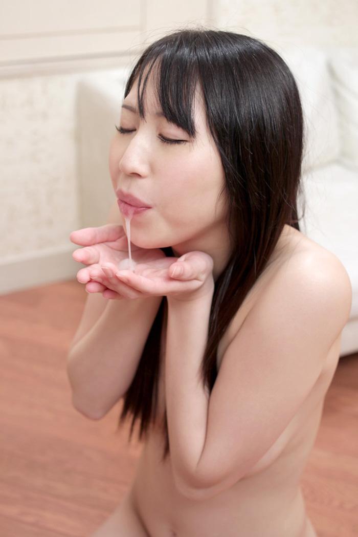 【口内発射エロ画像】女の子の口内で果てる満足感!口内にザーメンを注ぎ込め! 08