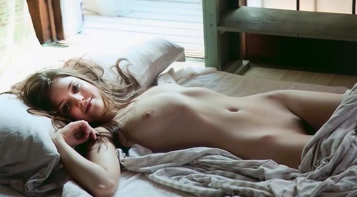 【白人エロ画像】白人の美女たちのこんな艶かしい姿にフル勃起!www 12