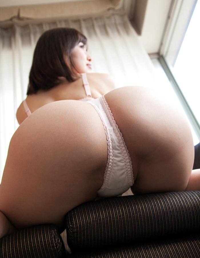 【Tバックエロ画像】セクシーなお尻が最高!?Tバック装着の女の子!www 11