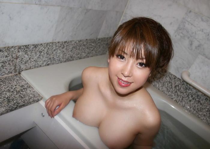 【入浴エロ画像】女の子の入浴シーンの画像集めたら勃起したwwwwww 10